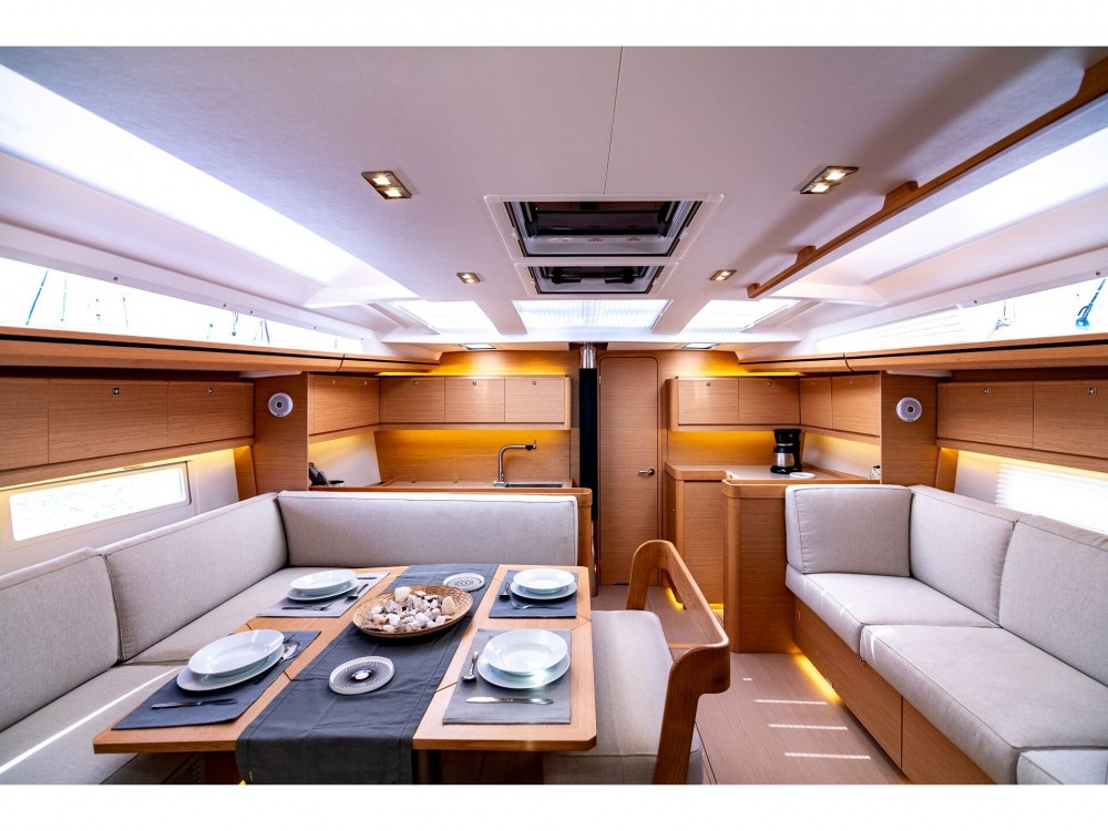 Sailboat for rent Myconos at the best price