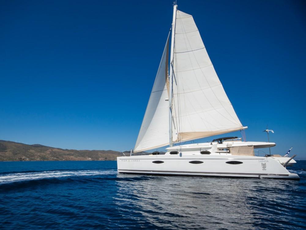 Rental yacht Alimos Marina - Fountaine Pajot Sanya 57 - 5 cabi version on SamBoat