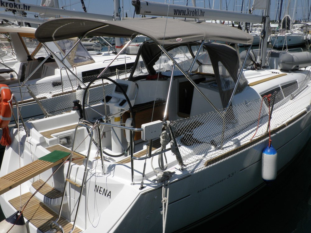 Jeanneau Sun Odyssey 33i between personal and professional Sukošan