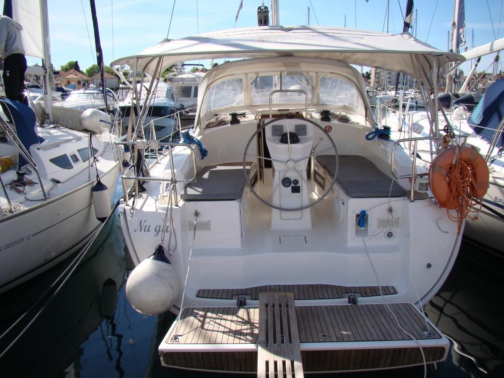 Rental yacht Grad Biograd na Moru - Bavaria Bavaria Cruiser 36  on SamBoat
