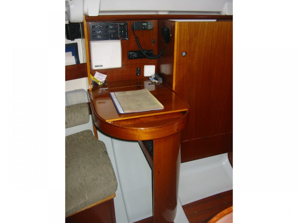 Rental yacht Sukošan - Bénéteau First 265 on SamBoat