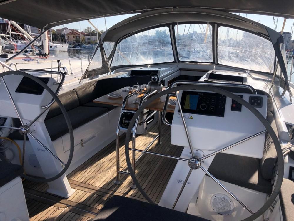 Hire Sailboat with or without skipper Hanse Grad Biograd na Moru