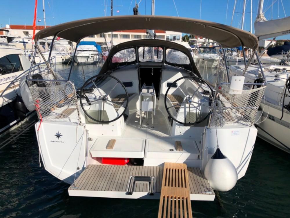 Rental yacht Grad Biograd na Moru - Jeanneau Sun Odyssey 349 on SamBoat