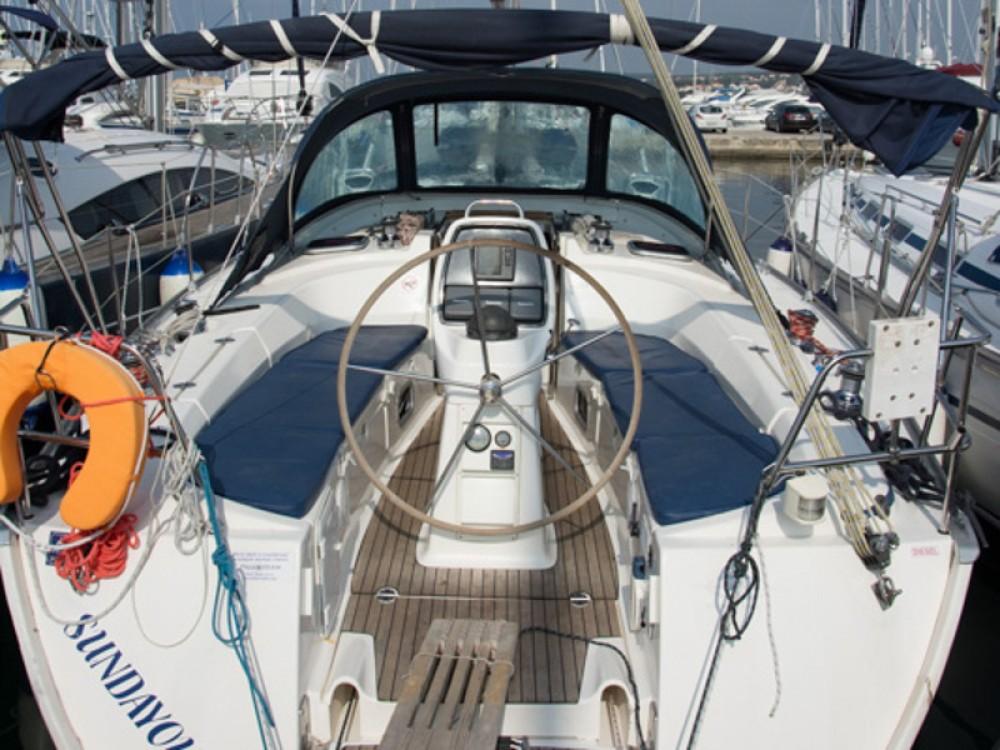 Rental Sailboat in Grad Biograd na Moru - Bavaria Bavaria 38 Cruiser