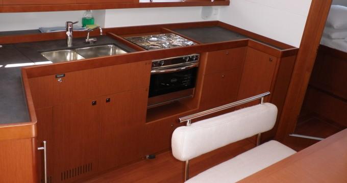 Rental yacht Sukošan - Bénéteau Oceanis 45 on SamBoat
