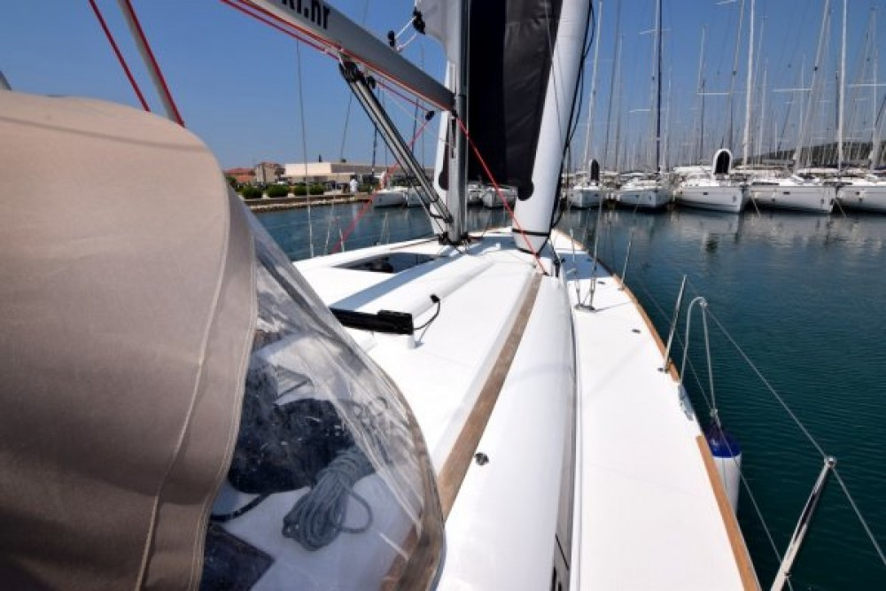 Jeanneau Sun Odyssey 449 between personal and professional Sukošan