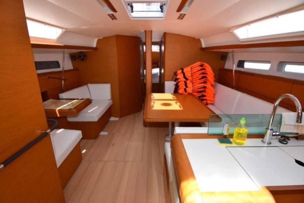 Rental yacht Sukošan - Jeanneau Sun Odyssey 449 on SamBoat