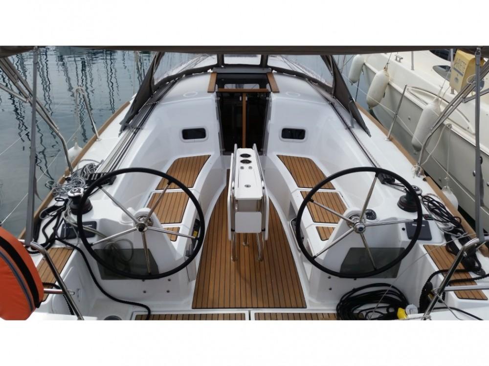 Rental yacht Sukošan - Jeanneau Sun Odyssey 349 on SamBoat