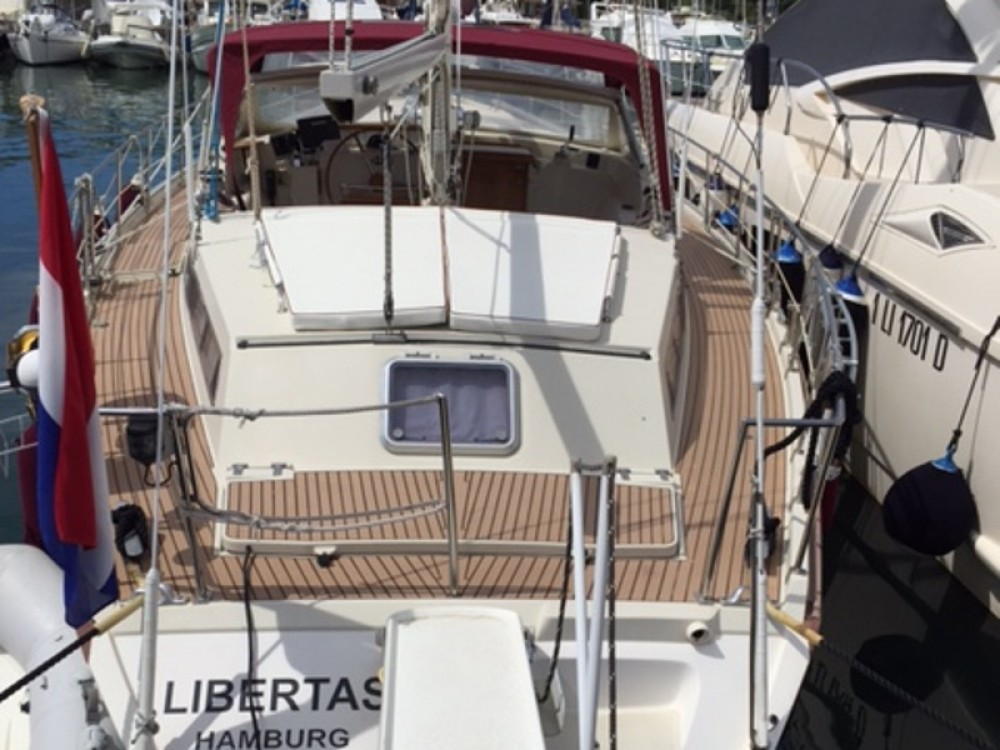 Hire Sailboat with or without skipper  Piombino
