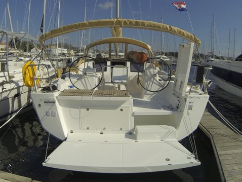 Rental yacht Salivoli - Dufour Dufour 460 on SamBoat