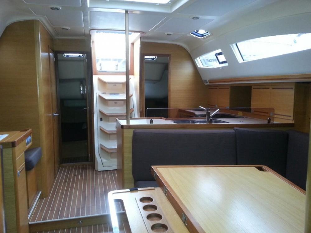 Boat rental Elan Elan 444 Impression  in Piombino on Samboat