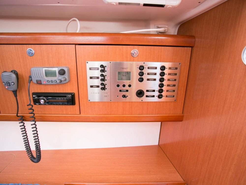 Boat rental  cheap Oceanis 43
