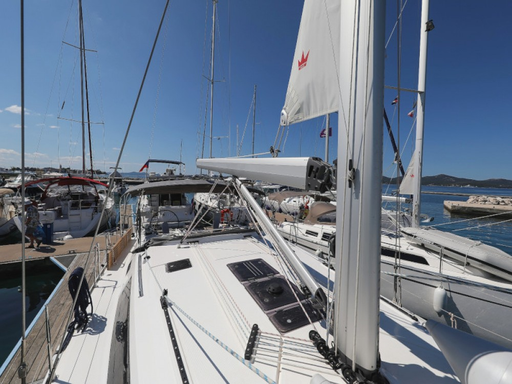 Boat rental Zadar cheap Bavaria Cruiser 46