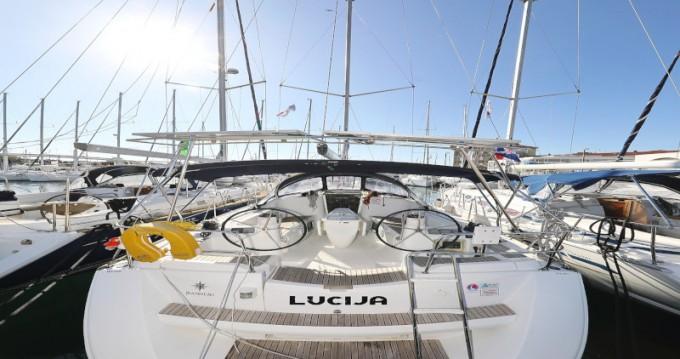 Boat rental Jeanneau Sun Odyssey 39i in Zadar on Samboat