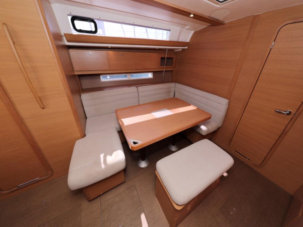 Rental yacht Zara - Dufour Dufour 450 GL on SamBoat