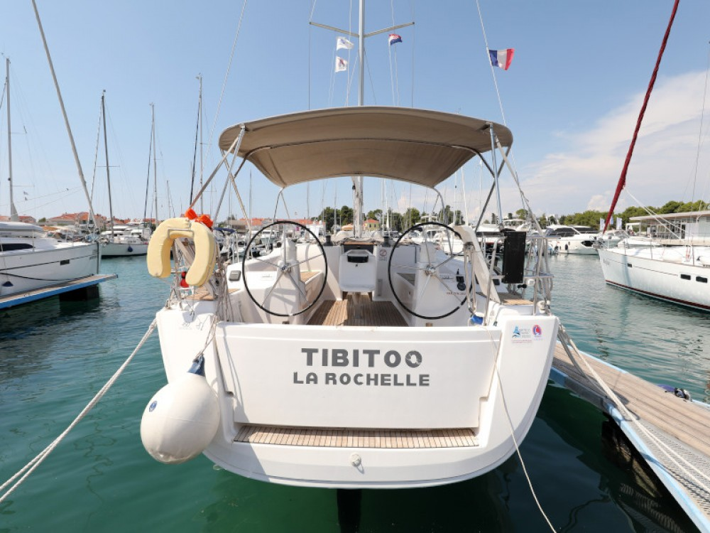 Hire Sailboat with or without skipper Dufour Zara