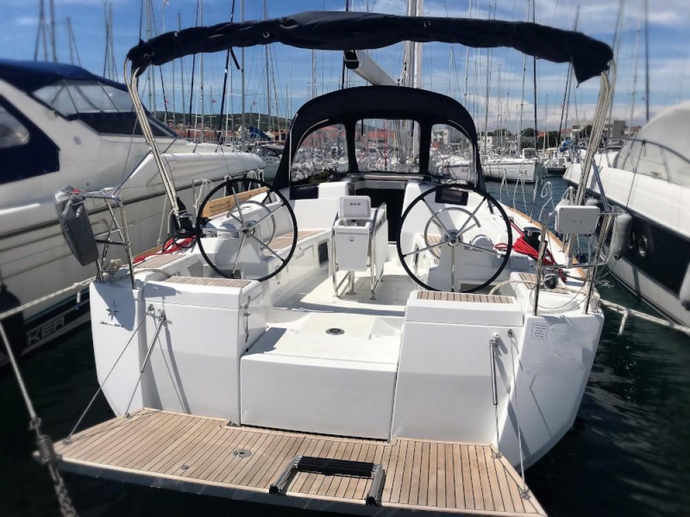 Boat rental Jeanneau Sun Odyssey 419 in ACI marina Vodice on Samboat