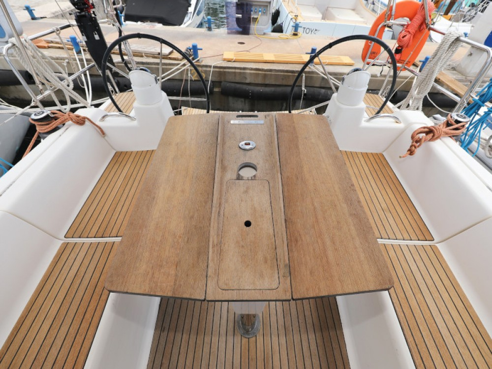 Hire Sailboat with or without skipper Dufour Marina Zadar