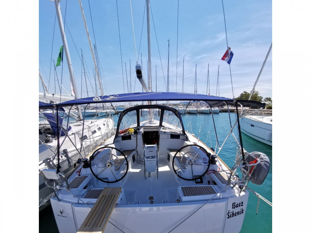 Rental yacht  - Jeanneau Sun Odyssey 449 on SamBoat