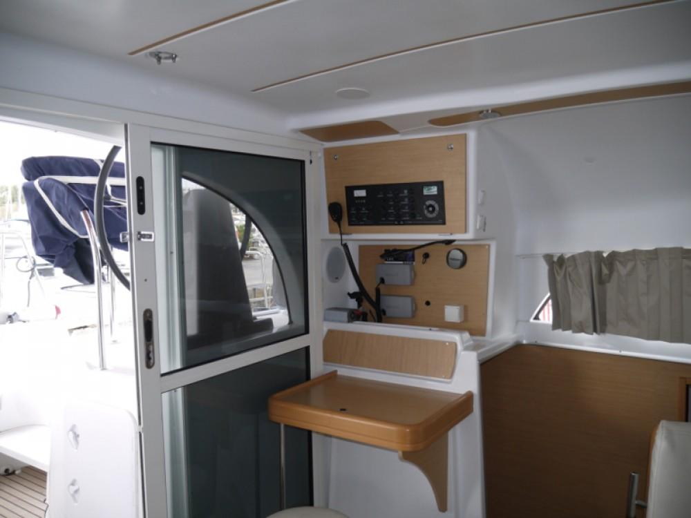 Rental Catamaran in Alimos Marina - Lagoon Lagoon 380