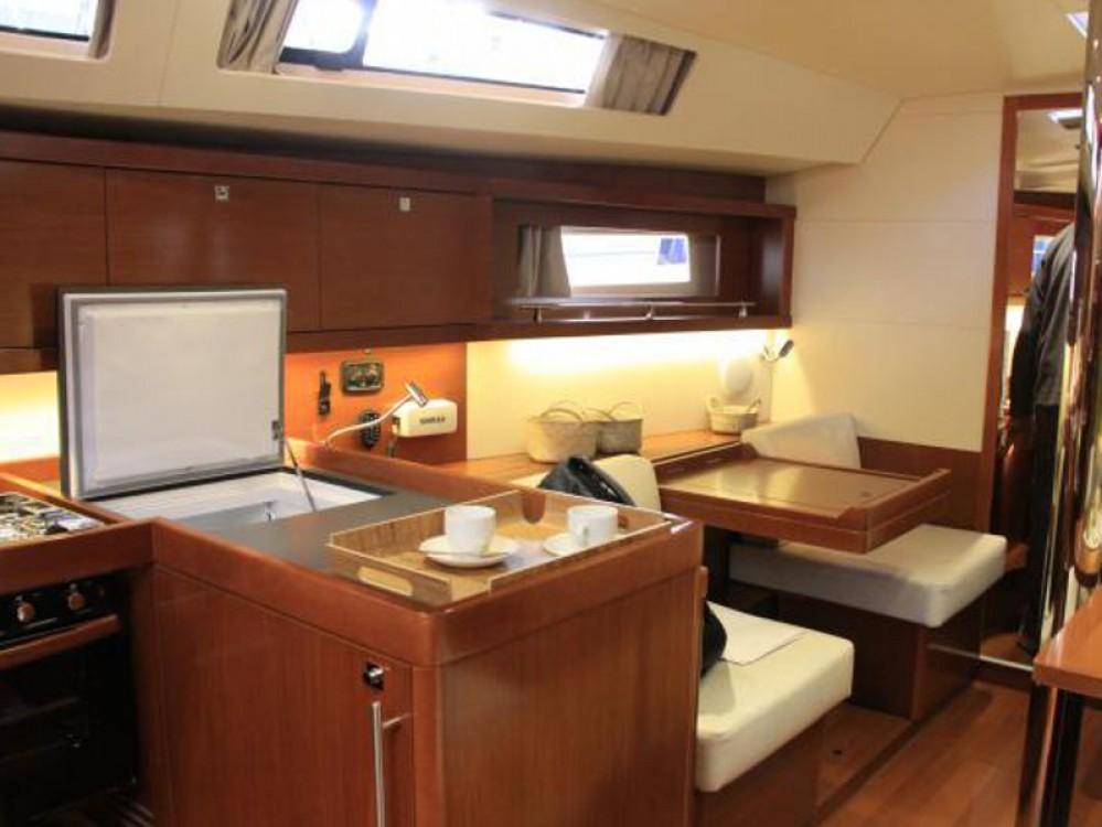 Boat rental Alimos Marina cheap Oceanis 41