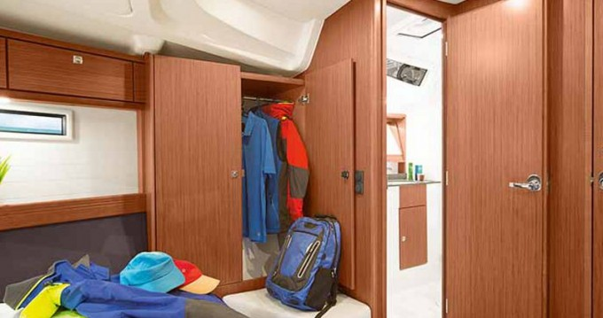 Boat rental Salamina cheap Cruiser 51
