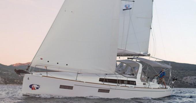 Rent a Bénéteau Oceanis 38.1 Lefkas Marina