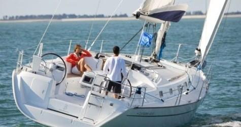 Boat rental Bénéteau Cyclades 43.4 in Lefkas Marina on Samboat