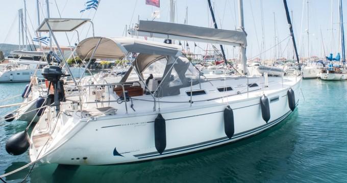 Boat rental Dufour Dufour 385 in Lefkas Marina on Samboat