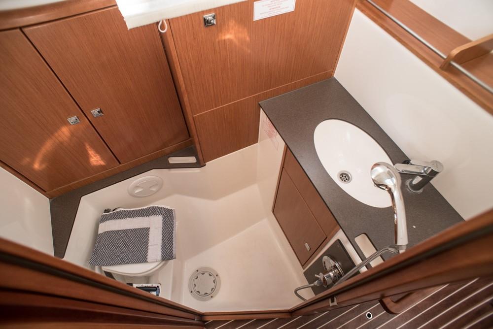 Boat rental Lefkada cheap Bavaria Cruiser 37