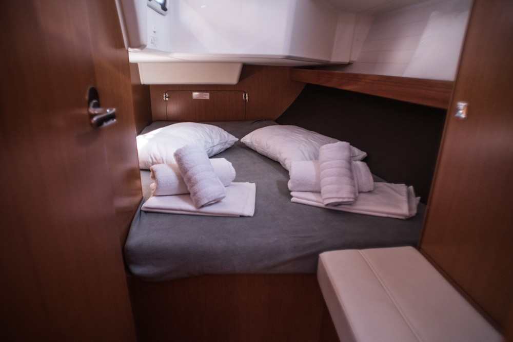 Boat rental Bavaria Bavaria Cruiser 37 in Lefkada on Samboat