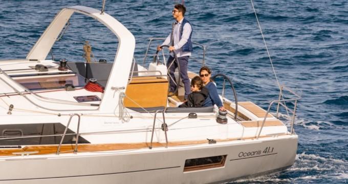 Boat rental Lefkas Marina cheap Oceanis 41.1