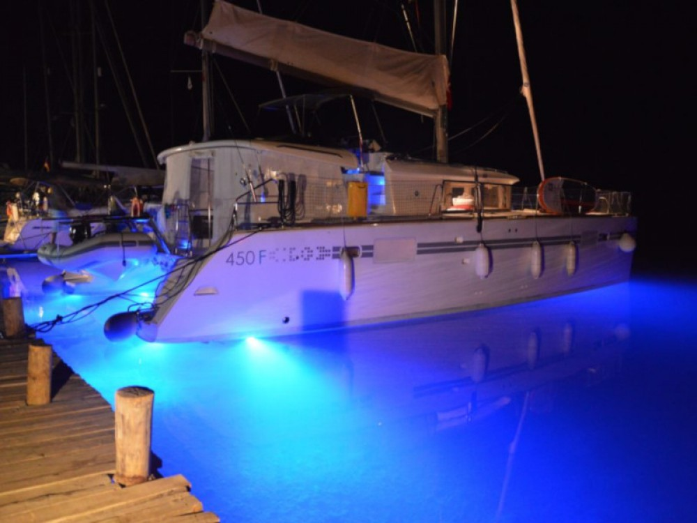 Hire Catamaran with or without skipper Lagoon Marmaris