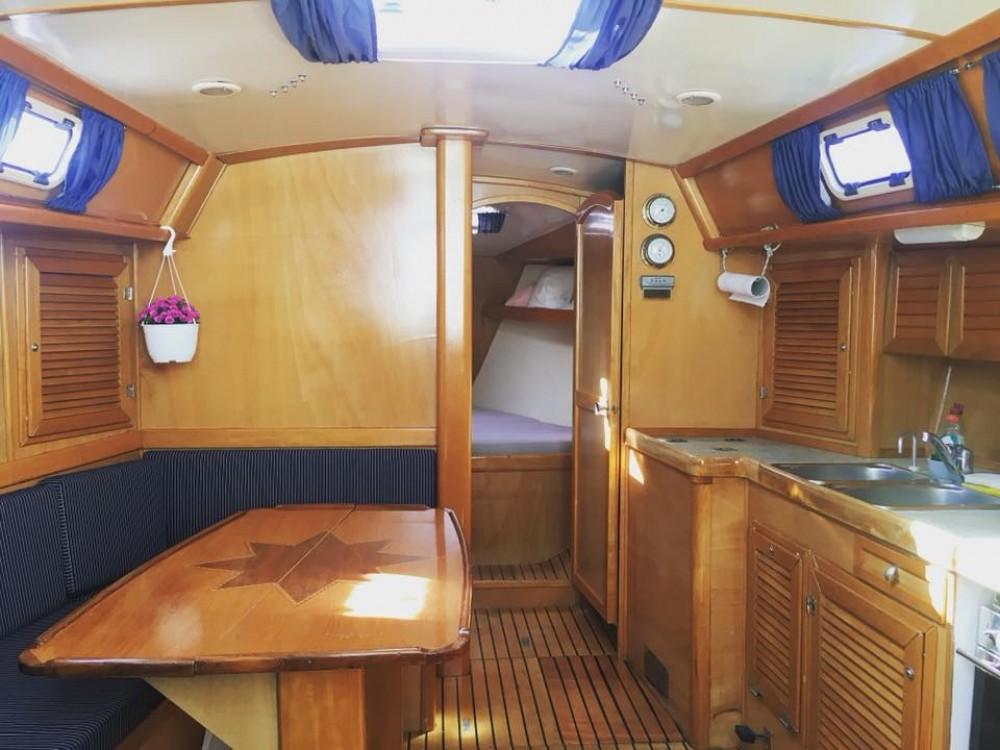 """Rental yacht  -  Van de Stadt 42 Clipper """"FAFOS"""" on SamBoat"""