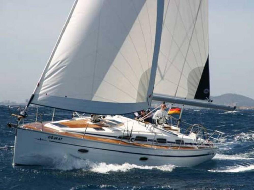 Rental Sailboat in De Fryske Marren - Bavaria Bavaria Cruiser 40