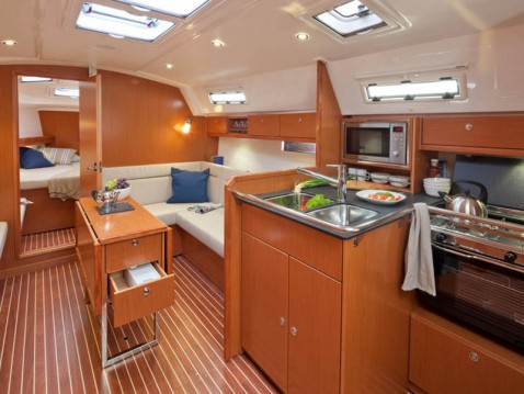Hire Sailboat with or without skipper Bavaria Palma de Mallorca