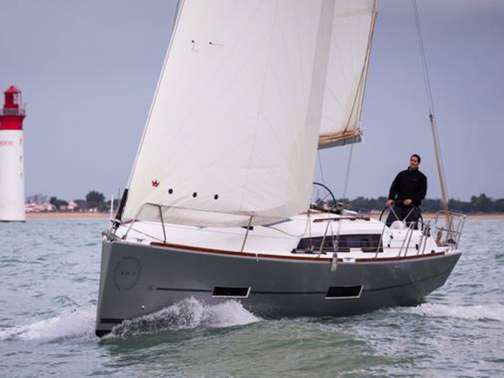 Dufour Dufour 382 GL between personal and professional Lemmer