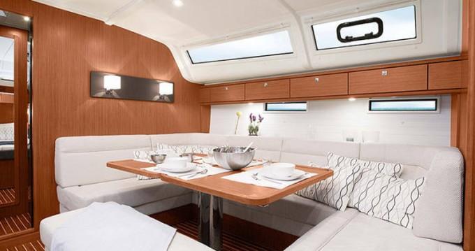Rental yacht Palma de Mallorca - Bavaria Cruiser 51 on SamBoat