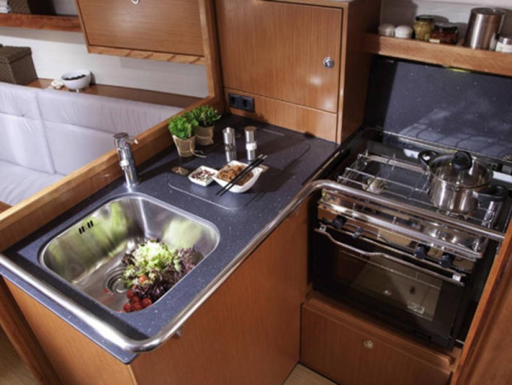 Boat rental De Fryske Marren cheap Bavaria Cruiser 32