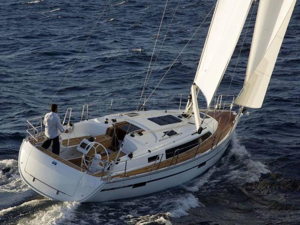 Boat rental Palma cheap Bavaria Cruiser 37