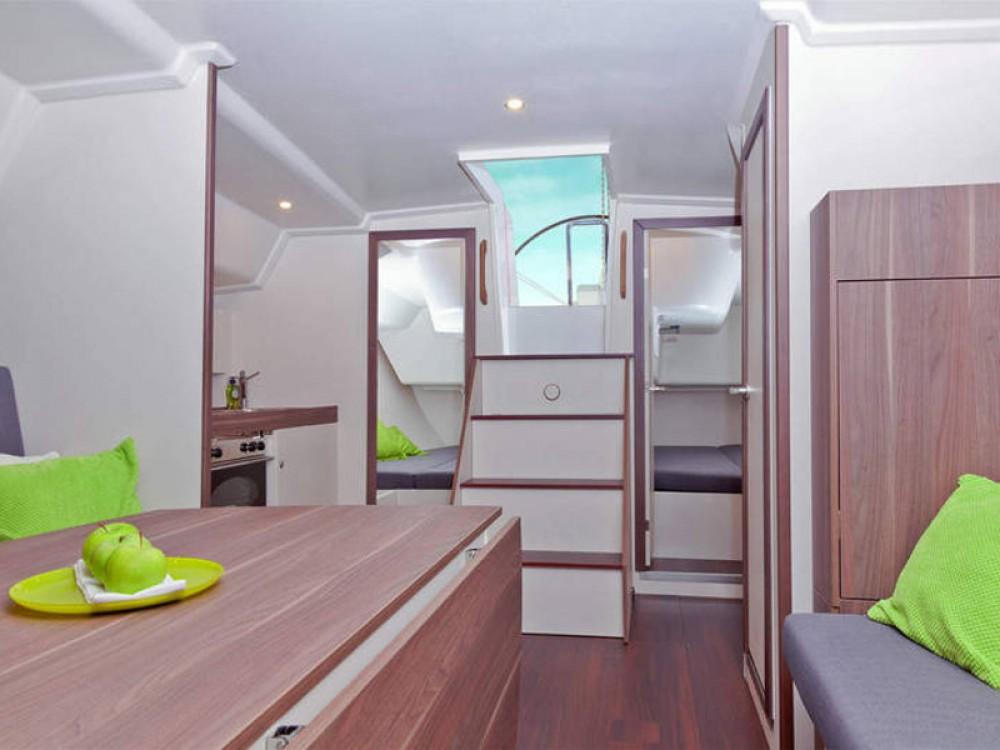 Hire Sailboat with or without skipper  De Fryske Marren