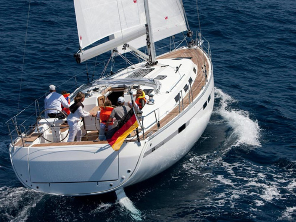 Hire Sailboat with or without skipper Bavaria Palma