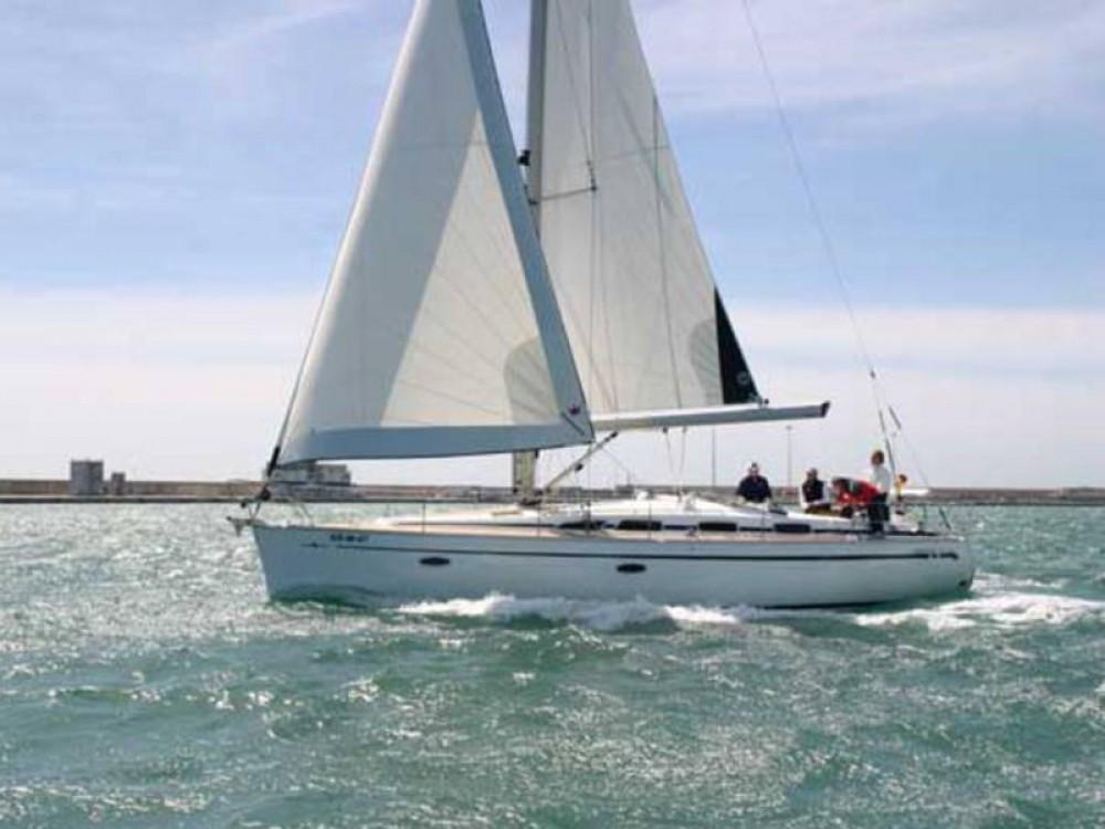 Rental yacht  - Bavaria Bavaria 40 Cruiser on SamBoat