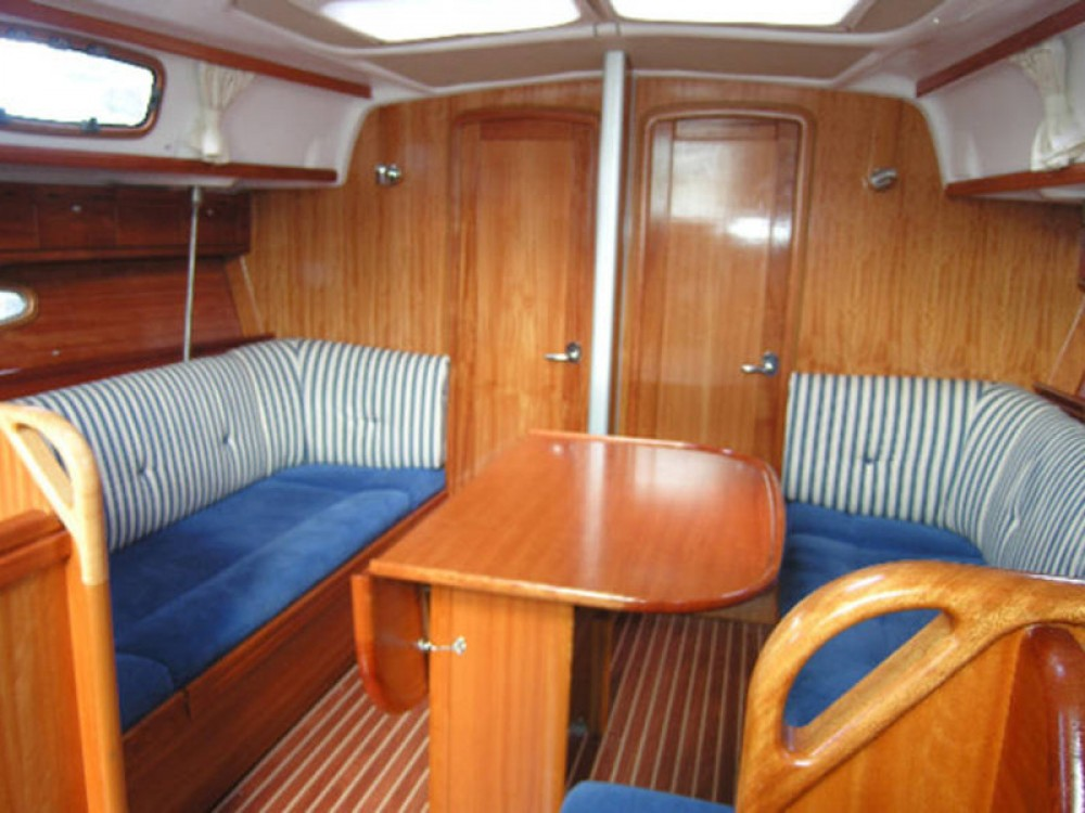 Bavaria Bavaria 37 Cruiser between personal and professional Lemmer