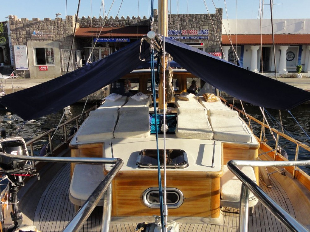 Hire Sailboat with or without skipper  Pirovac