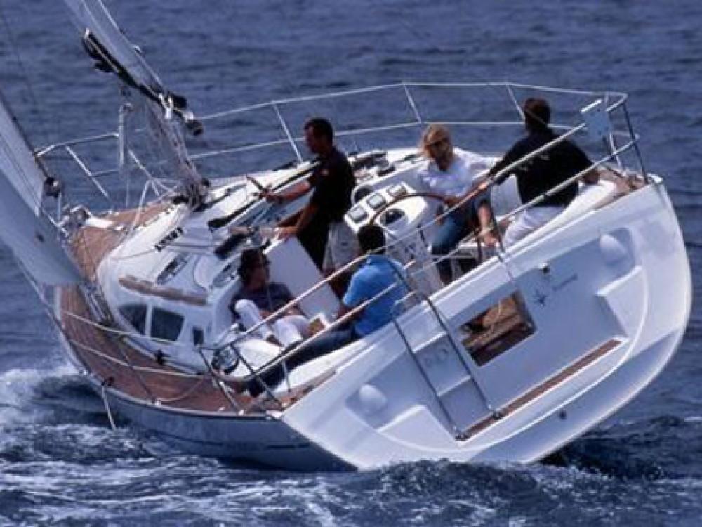 Rent a Jeanneau Sun Odyssey 35 Grad Biograd na Moru