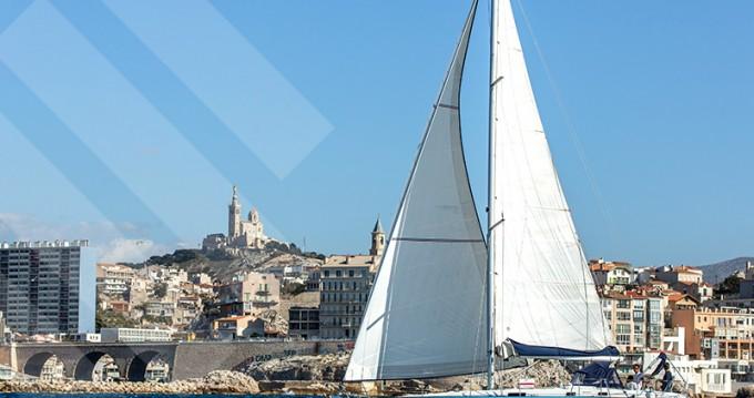 Rental Sailboat in Marseille - Bénéteau Oceanis 411