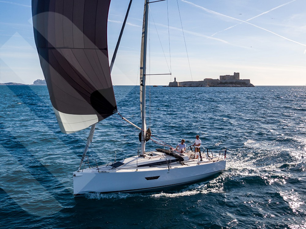Boat rental Marseille cheap Elan S3