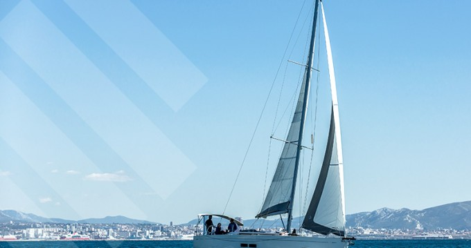 Hire Sailboat with or without skipper Grand Soleil Marseille