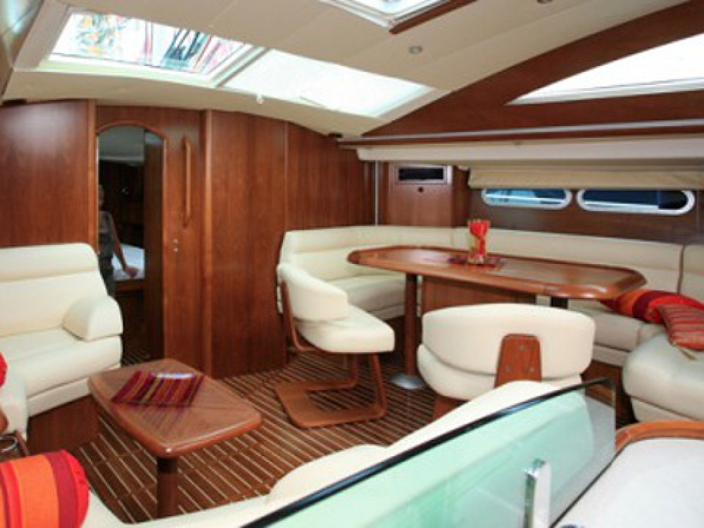 Rental yacht Le Marin - Jeanneau Sun Odyssey 54DS-4 on SamBoat